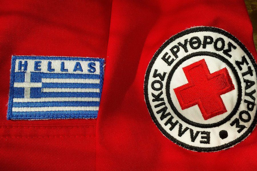 Ο Ελληνικός Ερυθρός Σταυρός πρόσφερε τρόφιμα στον δήμο Βύρωνα για τις ευάλωτες κοινωνικές ομάδες