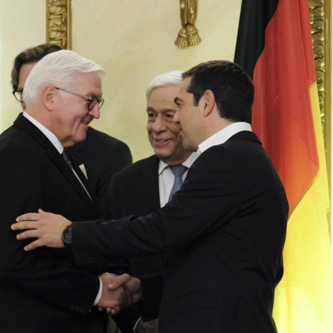 Τσίπρας σε Γερμανό Πρόεδρο: Απαράδεκτες οι δηλώσεις Ζεεχόφερ