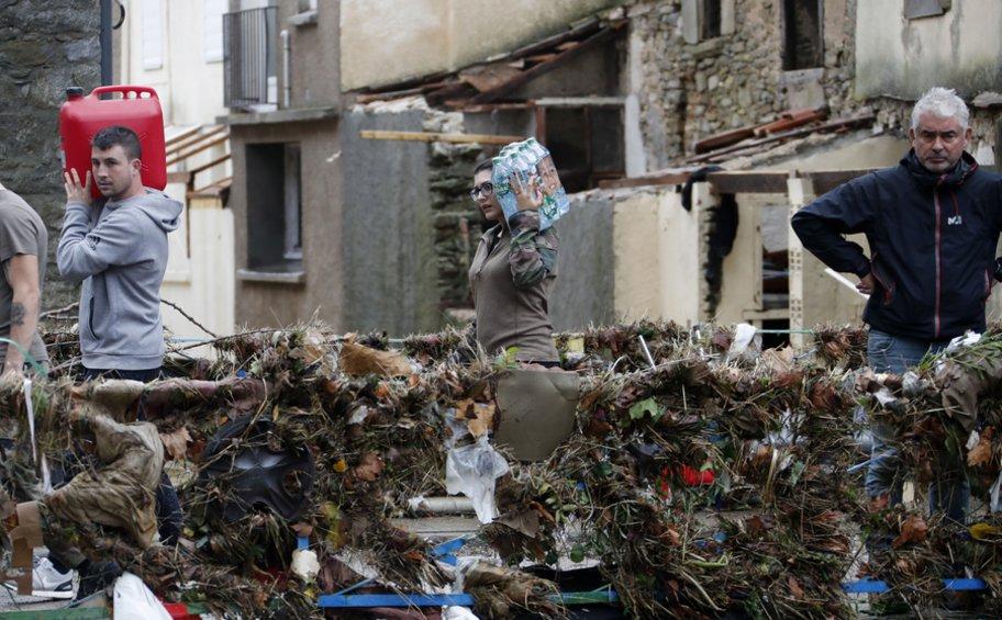 Γαλλία: Στους 12 ο αριθμός των νεκρών από τις πλημμύρες σύμφωνα με τον τελευταίο απολογισμό των αρχών
