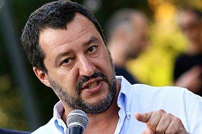 Σαλβίνι: Για την Ιταλία αποφασίζουν οι Ιταλοί - Mην μας ενοχλείτε και αφήστε μας να δουλέψουμε