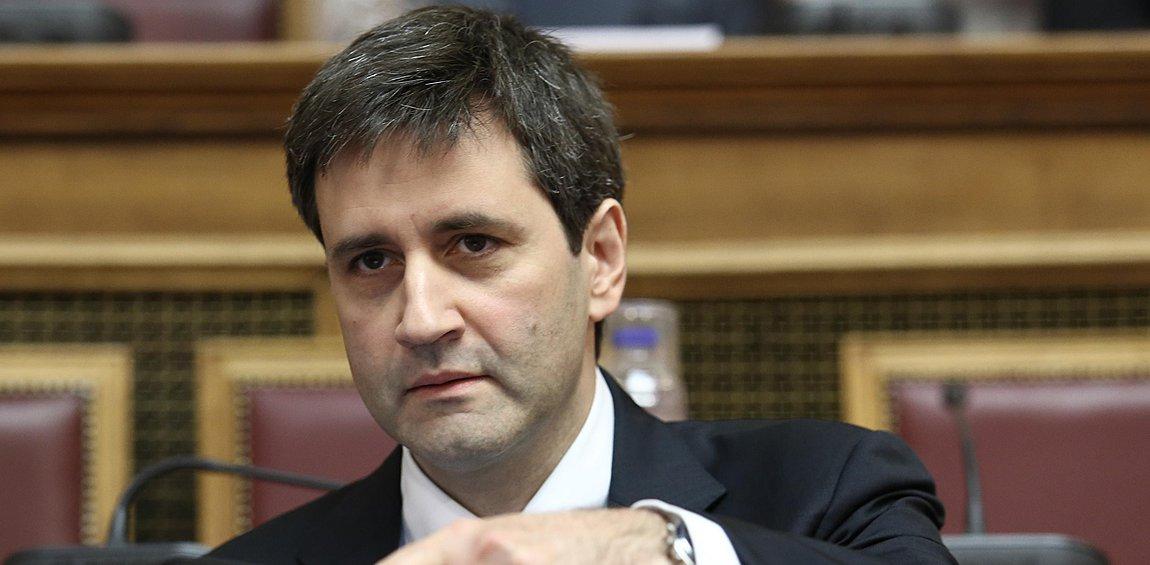 Χουλιαράκης: Μη μιλάτε για δύο σενάρια στον προϋπολογισμό