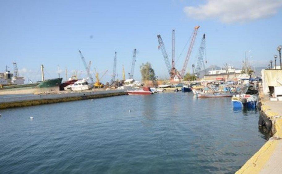 Συνάντηση της διοίκησης του ΤΑΙΠΕΔ με φορείς στο λιμάνι της Ελευσίνας