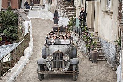Ολοκληρώθηκαν τα γυρίσματα της τηλεοπτικής σειράς The Durells στην Κέρκυρα