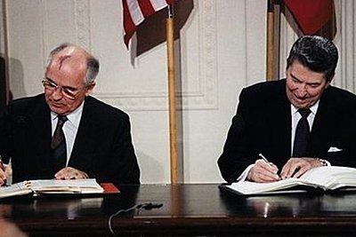 Η ΕΕ καλεί τις ΗΠΑ και την Ρωσία να διασώσουν τη συνθήκη για τα πυρηνικά όπλα μέσου βεληνεκούς