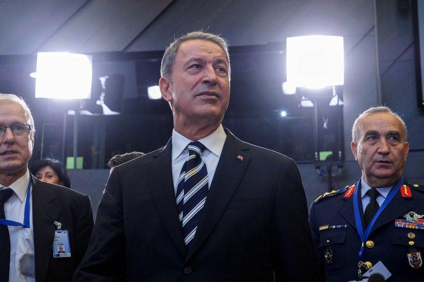 Προκαλεί ο Τούρκος υπουργός Αμυνας: Θα υπερασπιστούμε τα δικαιώματά μας σε Αιγαίο και Αν. Μεσόγειο