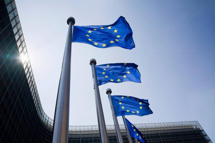 ΕΕ: Το 2024 σε λειτουργία ο «κοινός φορτιστής» (audio)