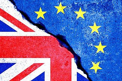 Παρίσι: Ολοένα και πιο πιθανό ένα Brexit χωρίς συμφωνία