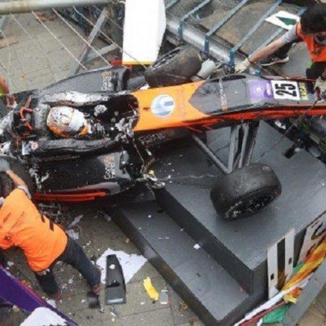 Στο χειρουργείο η 17χρονη πιλότος της F3 που τραυματίσθηκε στο Grand Prix του Μακάο