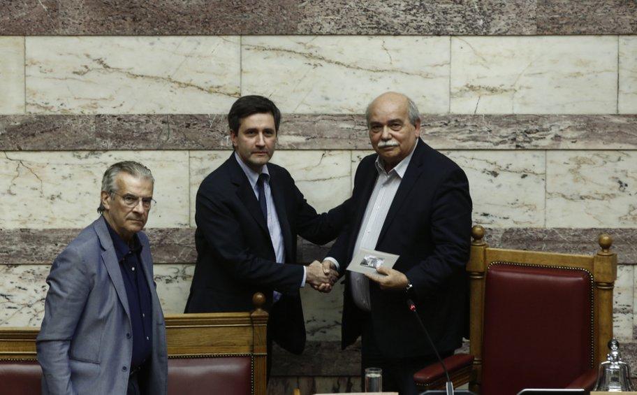 Χουλιαράκης: Μεγάλη επιτυχία της κυβέρνησης η οριστική ακύρωση της περικοπής των συντάξεων