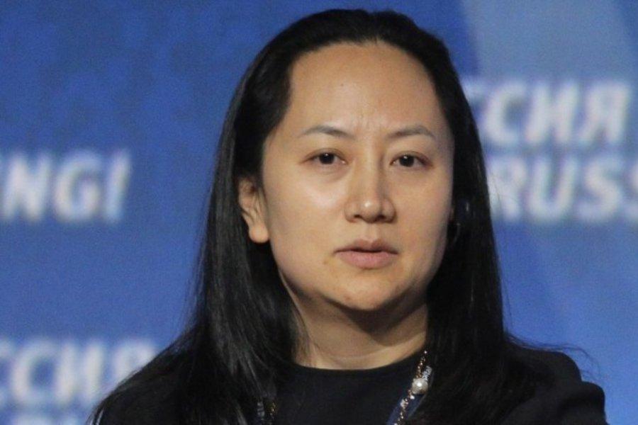 Ελεύθερη με περιοριστικούς όρους η οικονομική διευθύντρια της Huawei