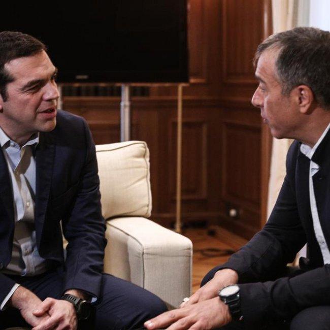Μαξίμου: Αλλάξε στάση ο Θεοδωράκης για τη Συμφωνία των Πρεσπών; - Η απάντηση του Ποταμιού