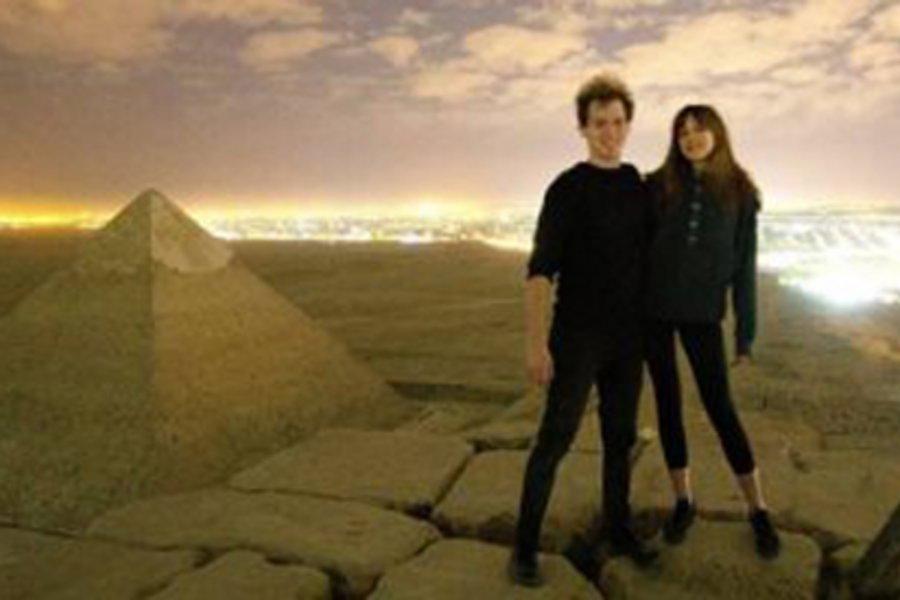 Έρευνα στην Αίγυπτο για βίντεο με ζευγάρι που σκαρφάλωσε στην Πυραμίδα του Χέοπα