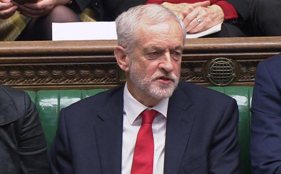 The Times: Ο Κόρμπιν θα ταχθεί υπέρ δεύτερου δημοψηφίσματος για το Brexit