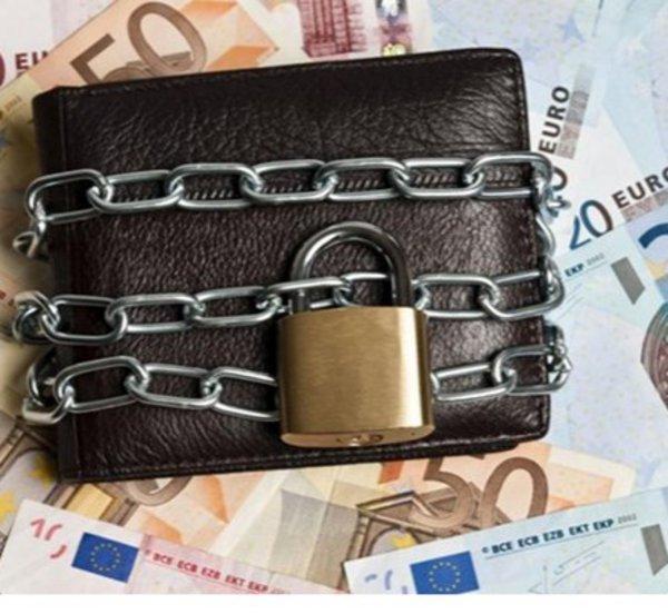 Στα σκαριά νέα ρύθμιση χρεών από το υπουργείο Εργασίας - Με κατασχέσεις θα κινδυνεύουν όσοι δεν ενταχθούν