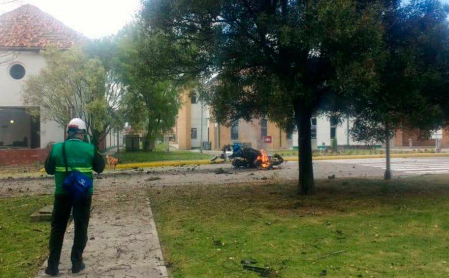 Οκτώ νεκροί από ισχυρή έκρηξη παγιδευμένου οχήματος στην Κολομβία
