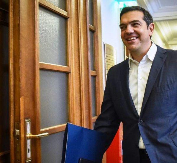 SZ: Μάθημα πολιτικής επιβίωσης από τον Αλέξη Τσίπρα