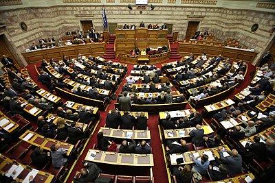 Σύγκρουση Τσίπρα - Μητσοτάκη για Πρέσπες και debate - Αναταράξεις και στο ΚΙΝΑΛ