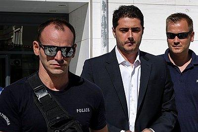 Στην Εισαγγελία 15 ύποπτοι για συμμετοχή στο κύκλωμα πλαστών πιστοποιητικών αποφυλάκισης