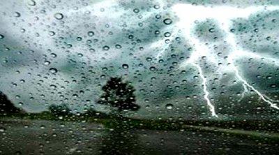 Ισχυρές καταιγίδες με χαλάζι και στην Αττική μετά το μεσημέρι