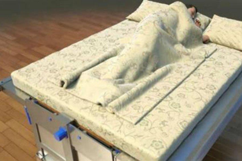 Το... αντισεισμικό κρεβάτι που «καταπίνει» όποιον κοιμάται – Δείτε πώς λειτουργεί