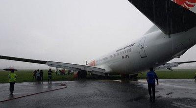 Πανικός με αεροσκάφος που γλίστρησε στον διάδρομο προσγείωσης - Από θαύμα σώθηκαν οι επιβάτες