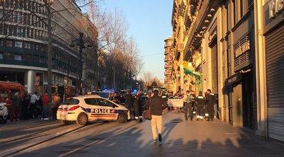 Συγκλονιστικές εικόνες - Αστυνομικοί πυροβόλησαν άνδρα που μαχαίρωσε περαστικούς στη Μασσαλία