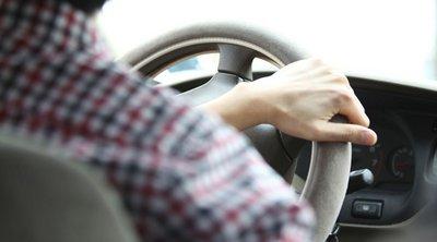 Για ποιους οδηγούς καταργείται το παράβολο ανανέωσης της άδειας