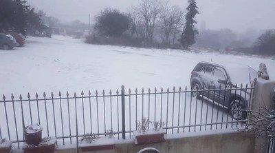 Χιονίζει από τα ξημερώματα στη Θεσσαλονίκη - Ποιοι δρόμοι είναι κλειστοί