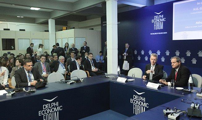Πάιατ στο Οικονομικό Φόρουμ των Δελφών: Πυλώνας σταθερότητας και ενεργειακός κόμβος η Ελλάδα