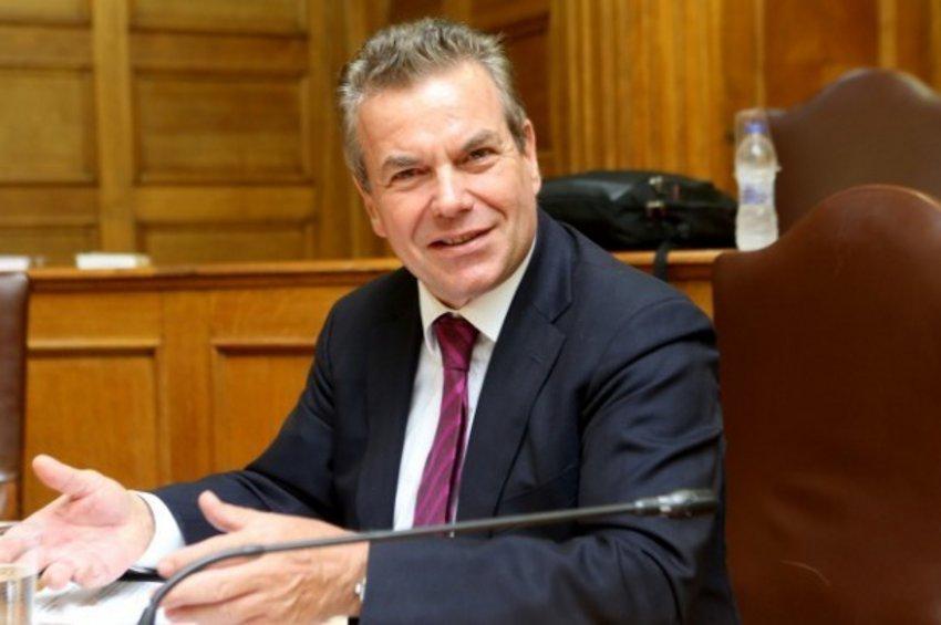 Πετρόπουλος: Θα προχωρήσουμε με τις 120 δόσεις είτε συμφωνήσουν είτε όχι οι θεσμοί-Τι είπε για το δώρο Πάσχα σε συνταξιούχους