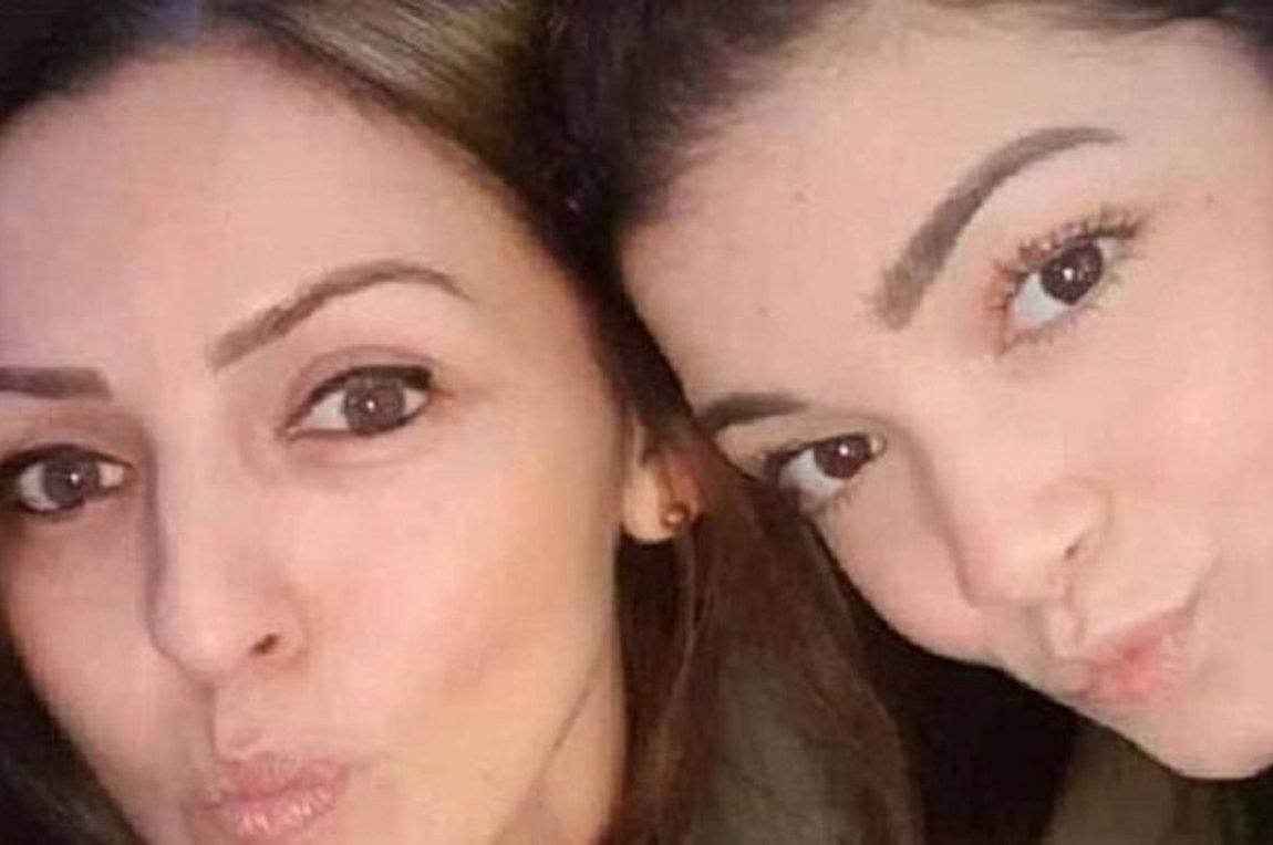 52ad97eadd Μυστήριο με τον θάνατο μητέρας και κόρης μέσα στο διαμέρισμά τους - Νεκρός  βρέθηκε και ο σύντροφος της γυναίκας