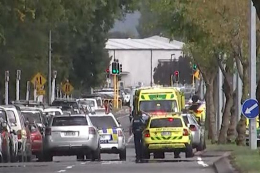 Συγκλονίζουν οι μαρτυρίες ανθρώπων που γλίτωσαν από το τρομοκρατικό χτύπημα στη Νέα Ζηλανδία