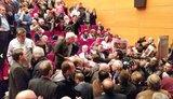 «Στον αέρα» το συνέδριο της ΓΣΕΕ στην Καλαμάτα μετά τα επεισόδια - Παναγόπουλος: Έχει κλείσει κάθε πόρτα λογικής