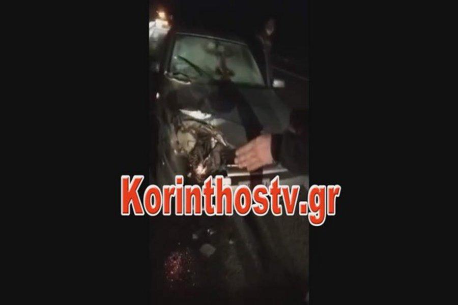 Τροχαίο στην Κορίνθου - Τριπόλεως: Αυτοκίνητο καρφώθηκε σε φορτηγό