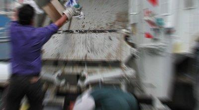 Εργαζόμενος έπεσε από απορριμματοφόρο - Τραυματίστηκε στο κεφάλι