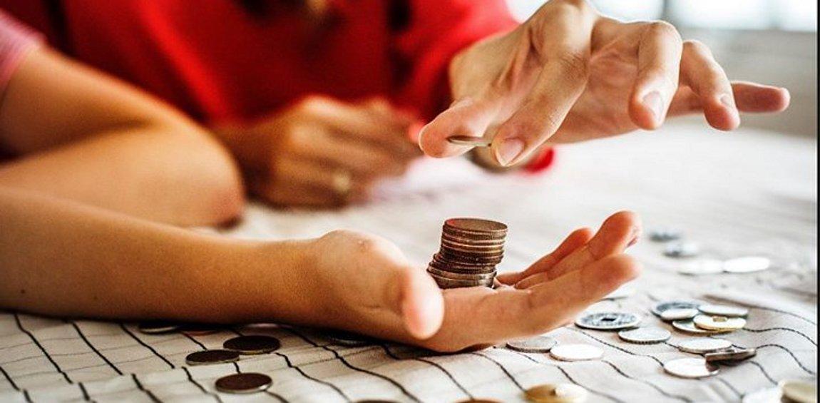 Στοιχεία - σοκ για τα εισοδήματα των Ελλήνων - Χάθηκαν 26,7 δισ. ευρώ
