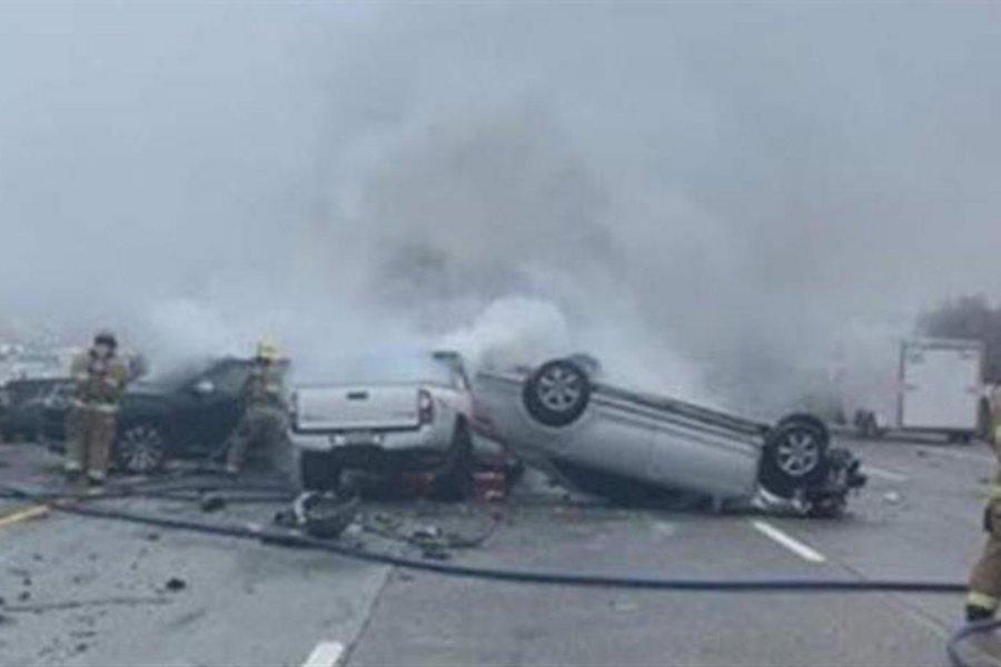 Τρομακτική καραμπόλα 50 αυτοκινήτων - Δεκάδες τραυματίες, ανάμεσά τους ένα παιδί 2 ετών