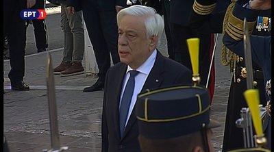 Τον Εθνικό Ύμνο έψαλε ο Προκόπης Παυλόπουλος στη Μητρόπολη Αθηνών