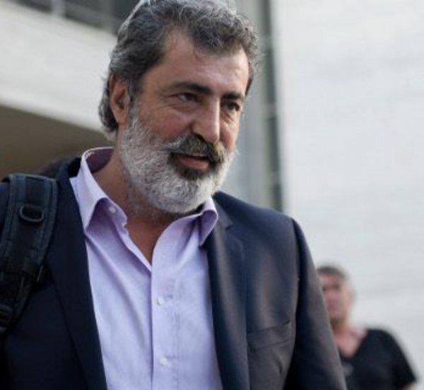 Επίθεση με μολότοφ στο σπίτι του Πολάκη – Τι δήλωσε ο υπουργός – Η ανακοίνωση του ΣΥΡΙΖΑ