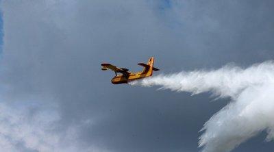 Μάχη με τις φλόγες στα Κύθηρα – Τρία ελικόπτερα και δύο αεροπλάνα στην κατάσβεση