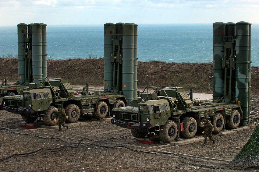Στάση σιωπής από την αμερικανική κυβέρνηση και αντιδράσεις στο Κογκρέσο για την παραλαβή των S-400 από την Τουρκία