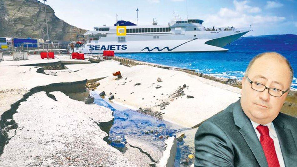 Εικόνες-σοκ στο λιμάνι της Σαντορίνης