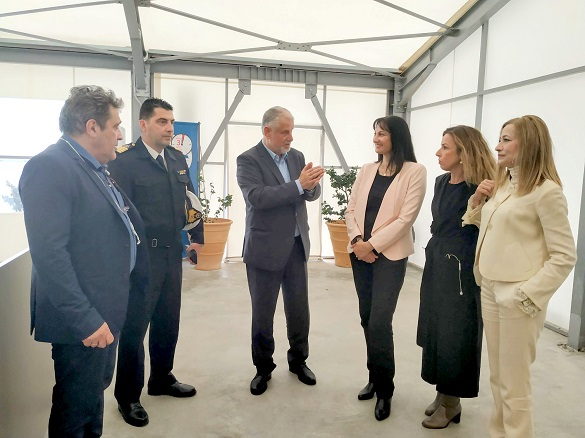 Επίσκεψη της Υπουργού Τουρισμού, κας Έλενας Κουντουράς στον τερματικό σταθμό κρουαζιέρας του λιμένος Ηρακλείου και τους νέους χώρους υποδοχής των επισκεπτών κρουαζιέρας στον προβλήτα IV – V του λιμανιού
