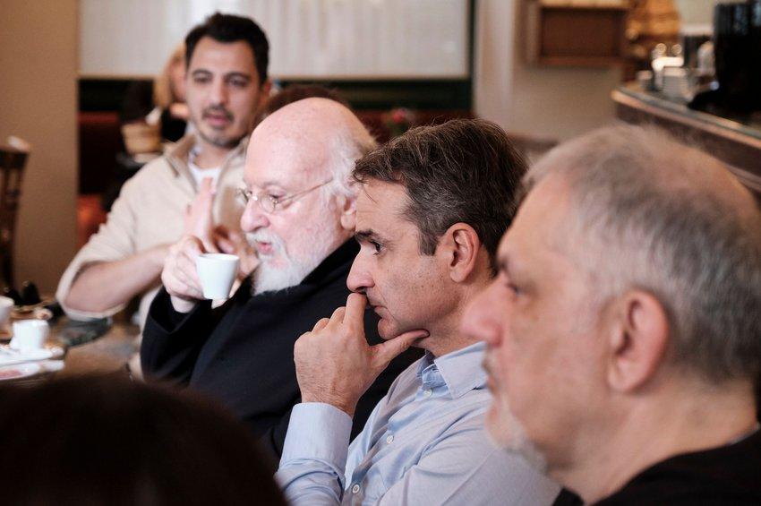 Συνάντηση Μητσοτάκη με δημιουργούς: Στηρίζω δημιουργία ανεξάρτητου Οργανισμού για τα πνευματικά δικαιώματα