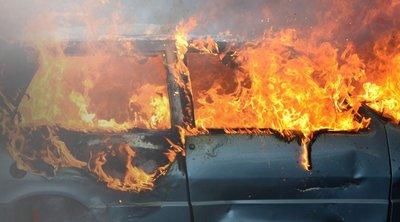 Στις… φλόγες αυτοκίνητο στο Ηράκλειο - Καταστράφηκε ολοσχερώς