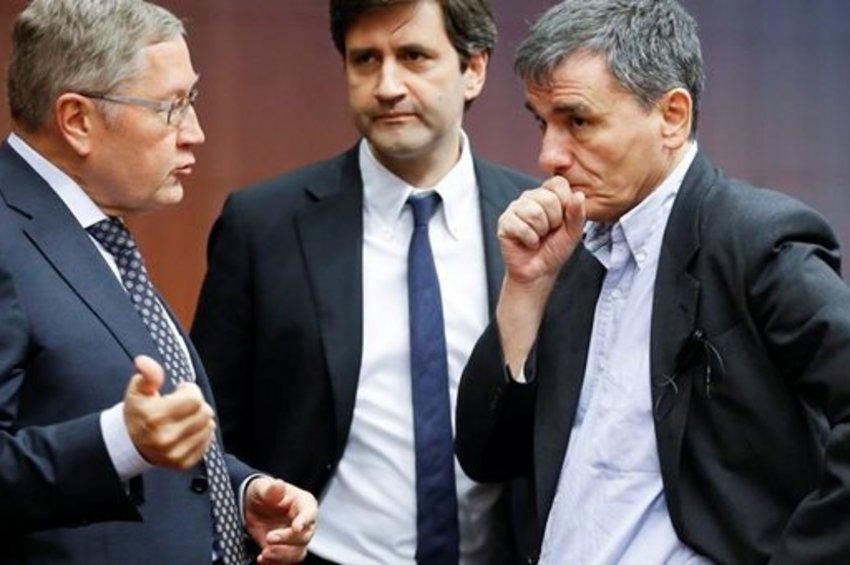 Ηχηρή προειδοποίηση από τον Ρέγκλιγκ μετά τη σύνοδο του Eurogroup στις Βρυξέλλες
