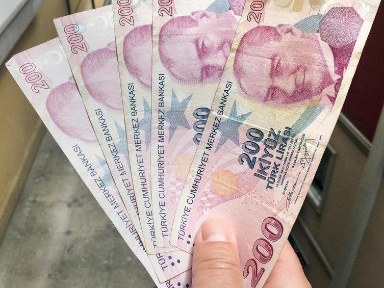 O οίκος Fitch προειδοποιεί για κατάρρευση της τουρκικής λίρας - Επικοινωνία Ακάρ-Σάναχαν για τους S-400