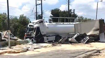 Την εμπλοκή τρίτου οχήματος ερευνά η Τροχαία για το δυστύχημα στο Κορωπί