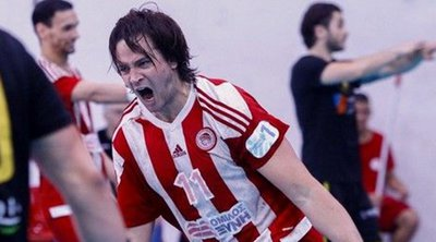 Handball Premier: Αγγίζει τον τίτλο ο Ολυμπιακός, 22-17 την ΑΕΚ