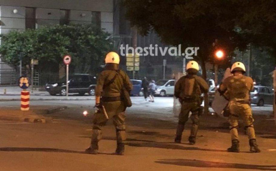 Τρεις προσαγωγές και μία σύλληψη μετά τα επεισόδια στη Θεσσαλονίκη